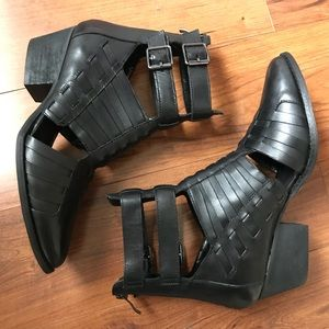 Chinese laundry Indigo Girl Boot